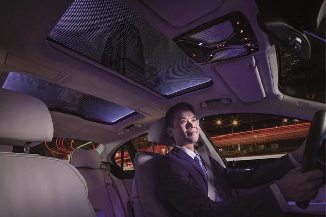 创新舒适 驾乘未来 Webasto亮相2017上海国际车展