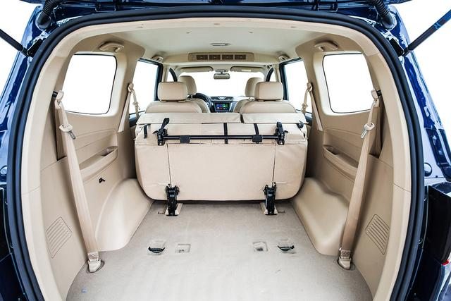 新款五菱宏光S1上市 售价6.08 6.98万元高清图片