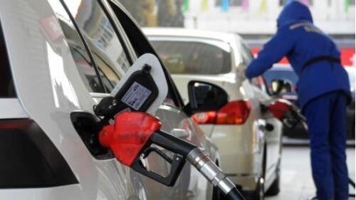 新一轮成品油调价窗口今日开启 或迎2017年首次搁浅