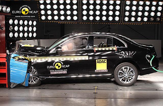 NCAP最新碰撞结果出炉 奔驰全新C级获5星