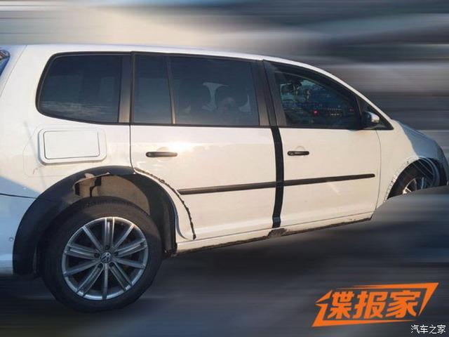 曝一汽-大众新SUV骡车谍照 2018年12月上市