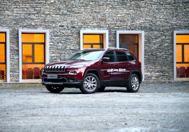 国产Jeep自由光对比别克昂科威 不走寻常路