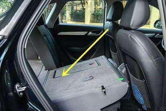 别再用手砸玻璃,汽车落水后这招分分钟出来