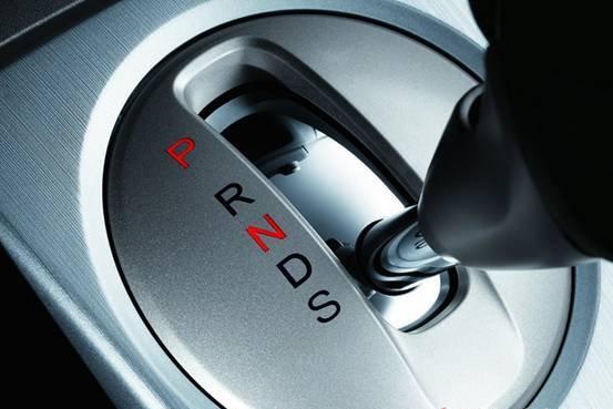 S挡和D挡有什么区别 经常使用磨损变速箱