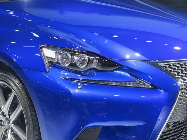 雷克萨斯IS 200t成都车展上市 售36.9万元