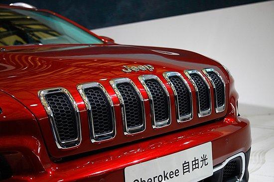 [新车解析]Jeep自由光亚洲首发 或年底上市