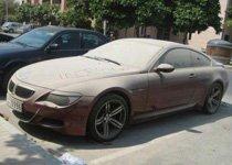 看迪拜人虐待自家车