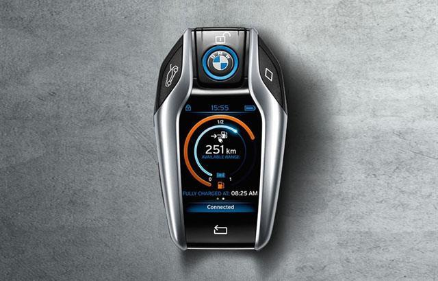 宝马将为更多车型配备智能车钥匙 与i8同款