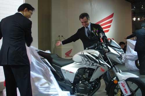 本田携新车型重磅亮相2010重庆摩博会
