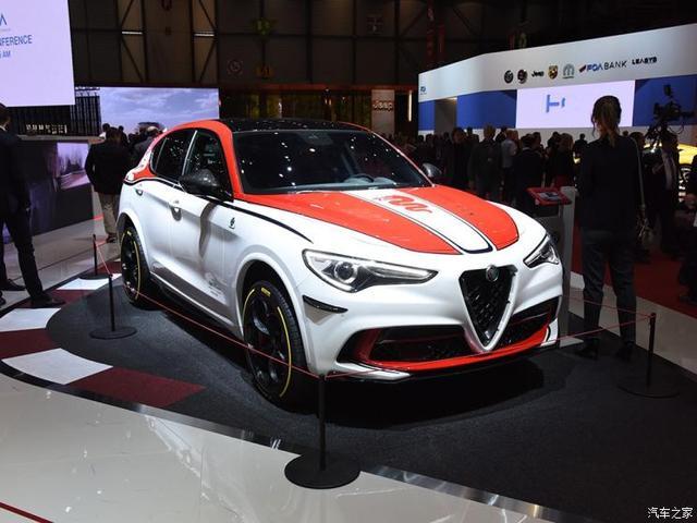 阿尔法·罗密欧 Stelvio 2019款 Quadrifoglio QV赛车版