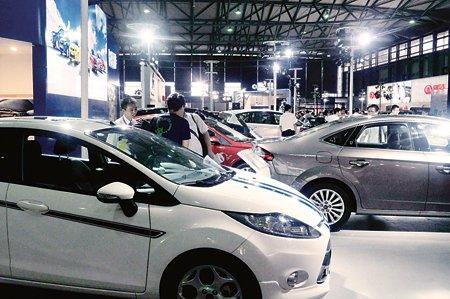 商用车企纷纷挤向乘用车市场