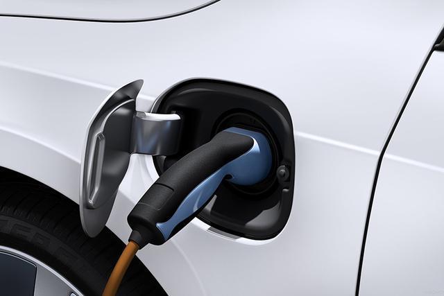 来电了 | 跑1000km纯电车一定比油车用时久?你想多了!