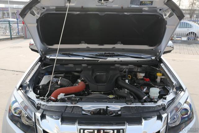 五十铃D-MAX新增车型上市 售价17.78万元