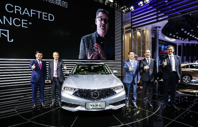 广汽讴歌TLX-L亮相车展 中级豪华车新贵