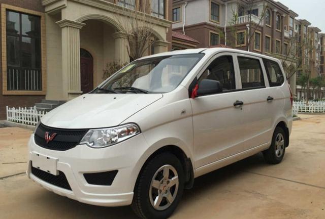 五菱品牌首款SUV将上海车展亮相 亲民路线