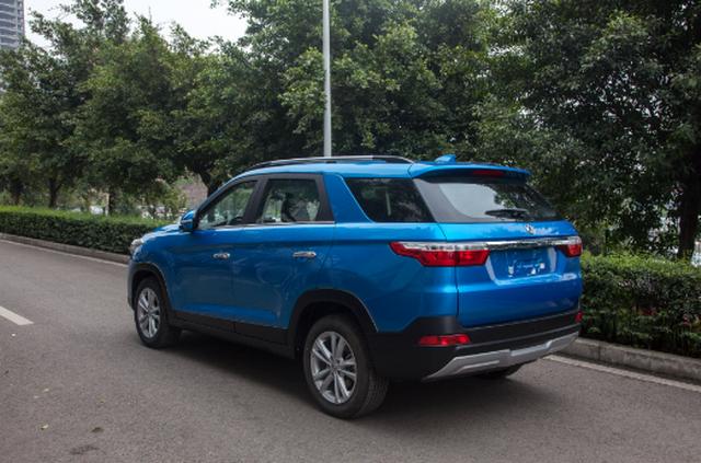 东风风光全新SUV实车曝光 或将命名为风光S560