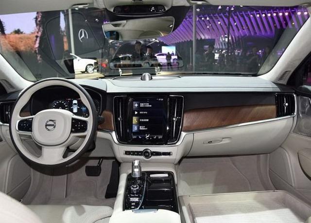 北欧海盗王 沃尔沃S90 T8三座声誉版9月上市