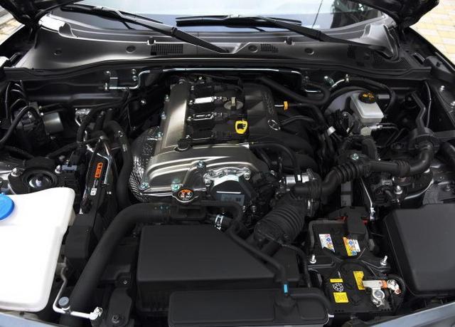 马自达MX-5 RF配置曝光 预计售价35万