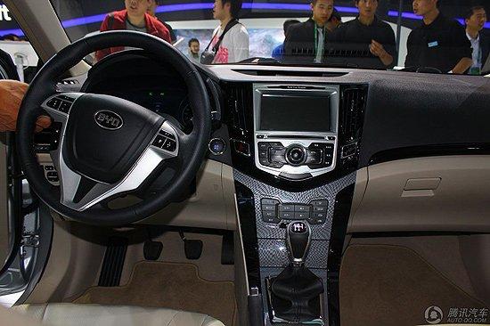 比亚迪F3速锐车展发布 遥控驾驶是亮点