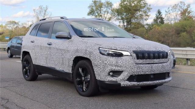 外洋版新自由光增2.0T车型 预计2018年公布