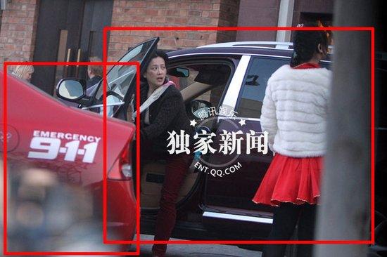 《每日猜车》第3期:刘亦菲母女驾车买气球