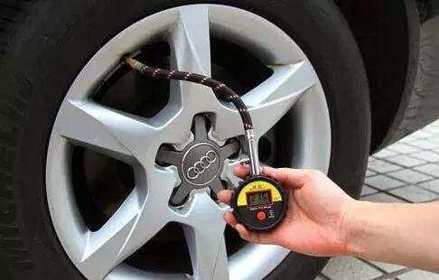 开车时一定不能忽悠的细节 每一项都足以致命