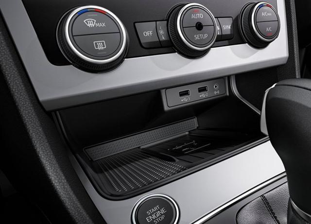 西雅特改款LEON官图发布 换装1.0TSI发动机