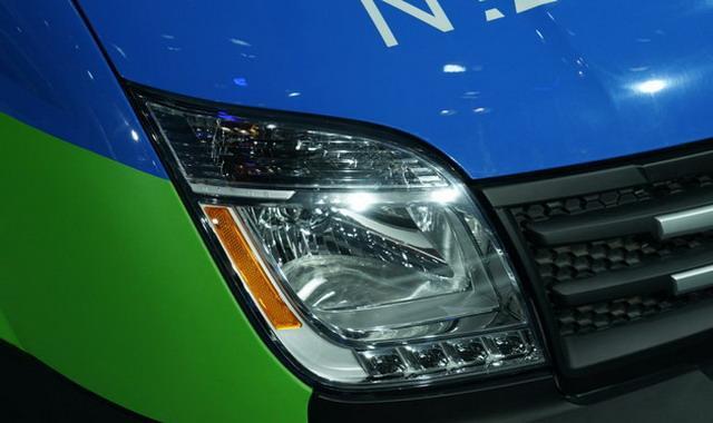 纯电驱动 上汽大通EV80厢式运输车亮相