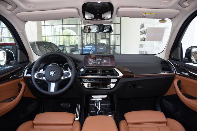 当红豪华SUV迭代结束 40万谁更值得买