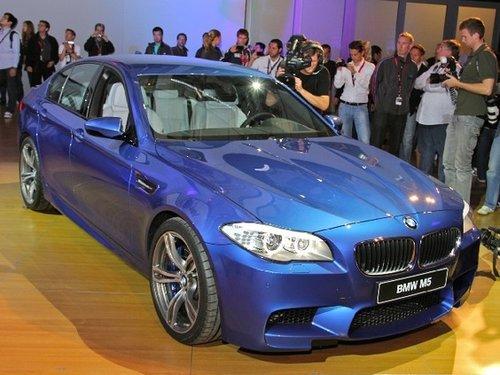 拟售9.2万美元 2012款宝马M5实车亮相