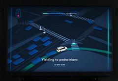 """加州""""城堡""""工厂体验Waymo自动驾驶车:过于谨慎"""