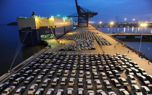 """中国汽车产业""""走出去""""成为必然"""