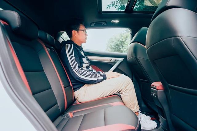 吉利缤越试驾:听说这是十万元最值得入手的 SUV?