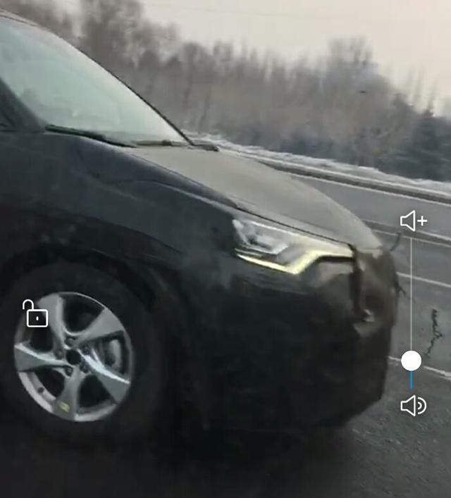 丰田C-HR国内谍照曝光 小型SUV/2018年国产