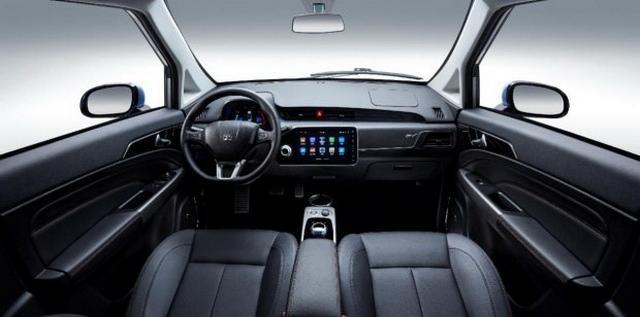 增多项配置 新款众泰E200 11月9日上市