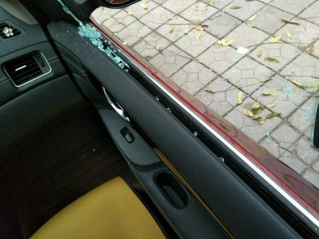 年前砸车偷盗频发 如何让爱车免遭毒手?