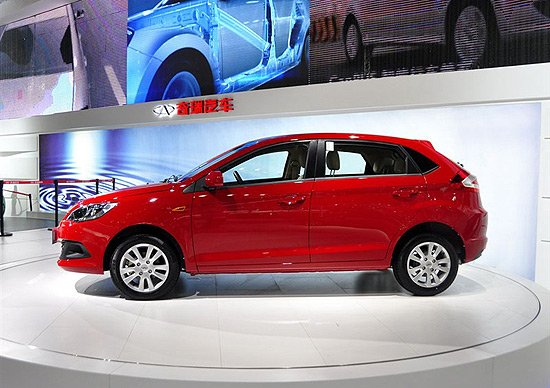 奇瑞新款风云2两厢版车型-奇瑞新风云2上市 售5.38万元起高清图片