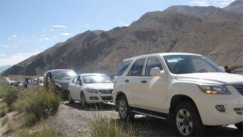 昆仑山口偶遇正高原测试的吉奥新车GS-2