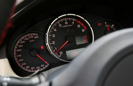 开车省油技巧!教你用最少的油跑最远的路