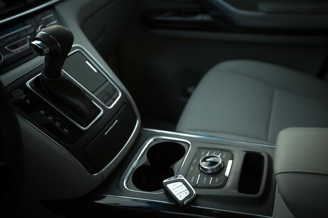 发力MPV高端市场 瑞风M6预计售价25-30万