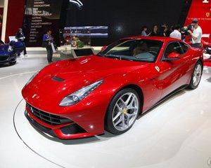 全新法拉利F12北京车展亮相