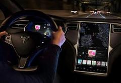 特斯拉承诺将今年推出一系列新自动驾驶功能