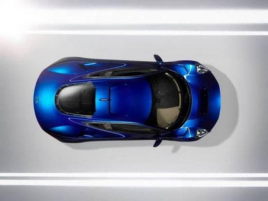 捷豹全新的油电混合动力超跑--C-X75终于即将登场了,在C-X75原型车上我们看到了熟悉的捷豹的影子在,而剪刀门布局也成为捷豹久违了的设计。此外,这款令人值得期待的车型有着出色的性能,同时燃油经济型也得到了很大的提升。