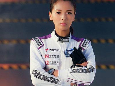 跨界当歌手 刘涛最爱奔跑G65 AMG