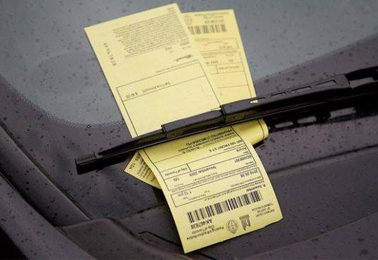 排队洗车也被贴条 这些小细节原来都会被罚