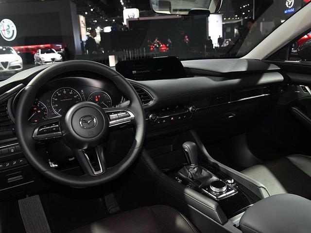 搭新技术创驰蓝天发动机 新一代马自达3洛杉矶首发