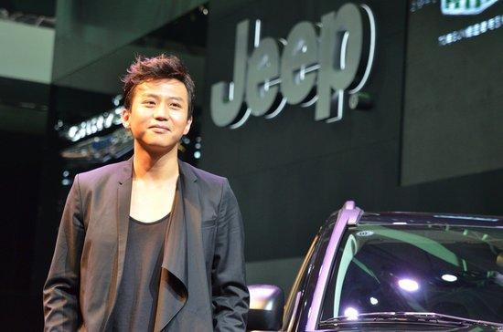 邓超代言全新2011款Jeep Compass指南者