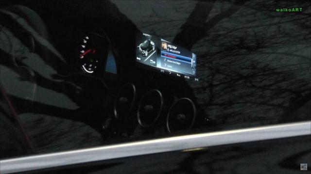 外设升级更时尚 新款奔驰C级谍照