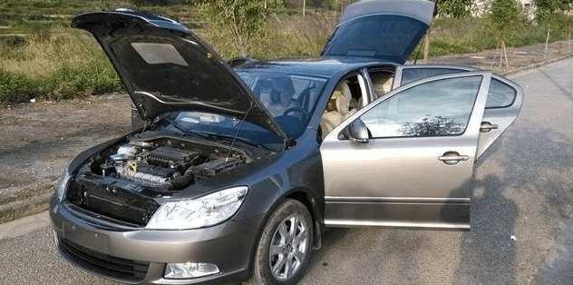 简单去除新车异味的方法 你是否用对了?