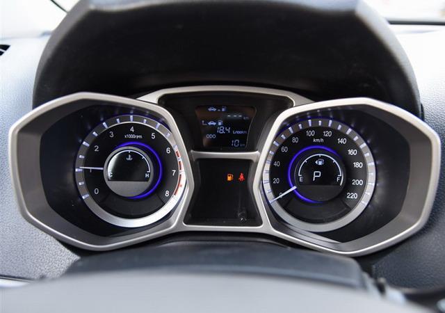 长安cs35对比瑞风s3 10万内自主精品小型suv_汽车